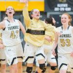 trumbull-basketball-celebrates